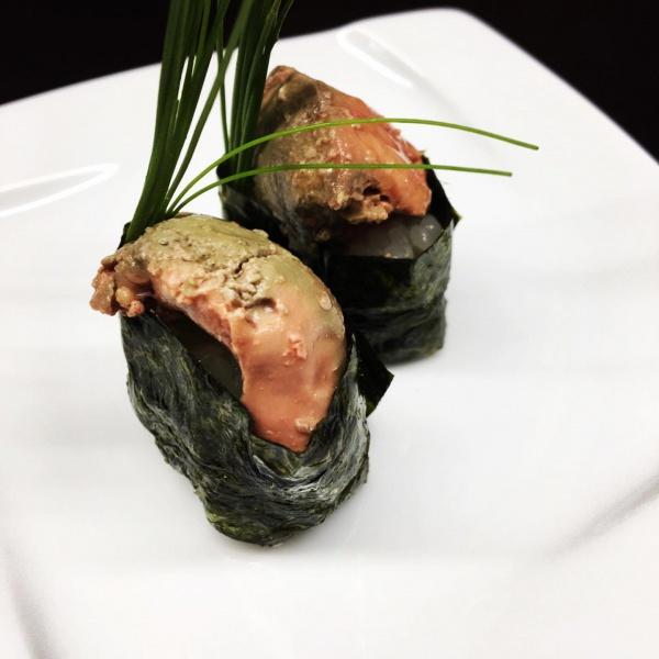 鶏白肝寿司